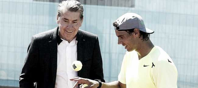 Rafa Nadal junto con Manolo Santana en el Mutua Madrid Open