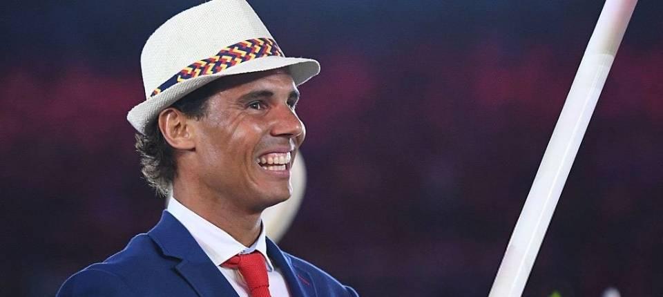 Rafa Nadal portando la bandera española en el Estadio de Maracaná - Ceremonia de apertura de los JJOO de Río 2016