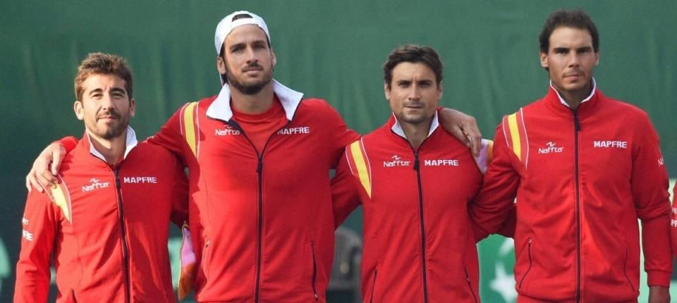 Foto del equipo español de Copa Davis 2016 durante la eliminatoria India-España
