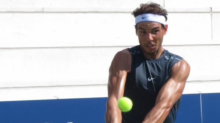Los abultados bíceps de Rafa Nadal han levantado sospechas de doping a lo largo de su carrera (C) RafasPuepppy via Twitter