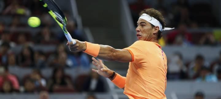 Uno de tantos grandes winners que consiguió Nadal durante su debut en el torneo ATP de Pekín (C) Lintao Zhang/Getty Images AsiaPac