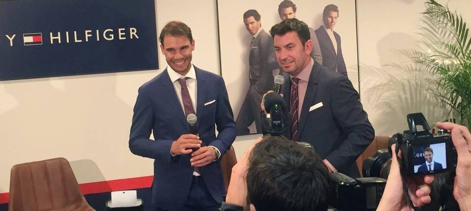 Rafa Nadal y Arturo Valls en un evento para Tommy Hilfiger en El Corte Inglés Castellana