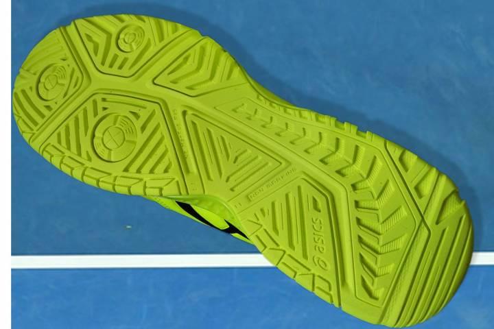 Diseño de la resistente suela de caucho de las ASICS Gel-Resolution 7, con tecnología AHAR+ (C) RNPAP