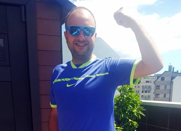 Ganador del Sorteo de una camiseta de La Décima conseguida por Rafa Nadal en Roland Garros 2017 (C) RNPAP