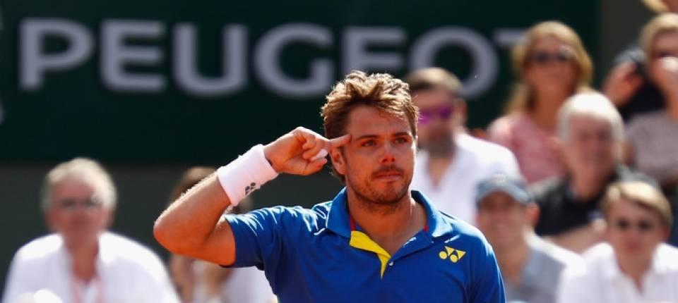 Stan señalando su confianza mental tras vencer a Murray en semifinales de Roland Garros 2017