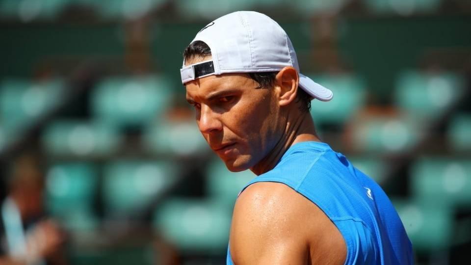 Rafa Nadal durante un entrenamiento antes de su debut en Roland Garros 2018