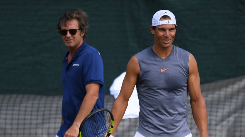 Francis Roig y Rafa Nadal durante un entrenamiento en Wimbledon 2019