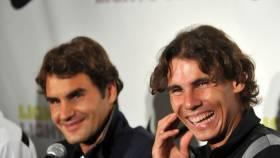 Federer: Me sorprendía Nadal porque era agresivo en pista y tímido fuera de ella